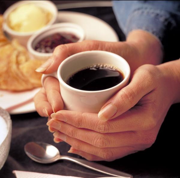 Чрезмерный кофе повышает риск инсульта