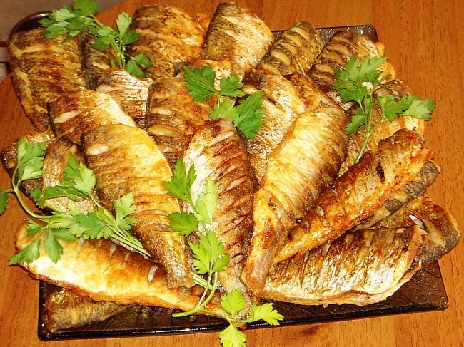 Женщинам с заболеваниями сердца не рекомендуется есть жареную рыбу