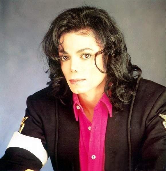 Процесс над кардиологом, обвиняемым в непредумышленном убийстве певца Майкла Джексона будет сниматься на камеры