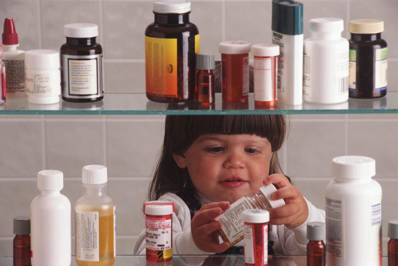 Лекарство ребенку надо давать правильно!