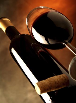 Красное вино подходит для профилактики сердечных заболеваний