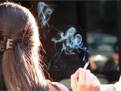 Одна сигарета для женщин равна пяти для мужчин