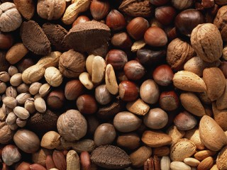 Орехи помогают бороться с метаболическим синдромом