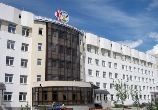 Кардиохируги Челябинской областной клинической больницы спасли жизнь пятидесятилетнему южноуральцу