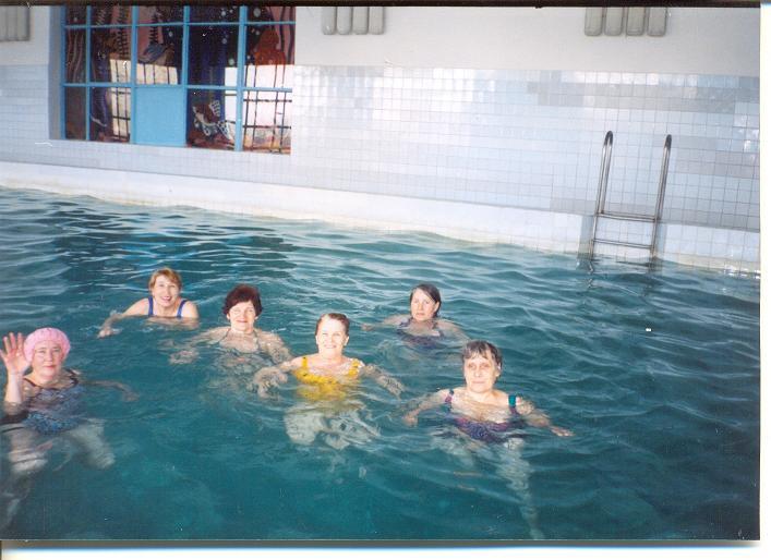 Гипертоникам поможет плавание