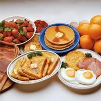 При длительном отказе от углеводов повышается уровень холестерина