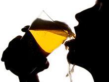 Людям с проблемами с сердцем необходимо запретить выпивать, призывает доктор Лянь