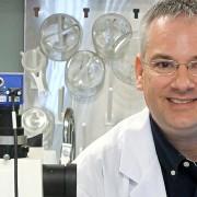 Доктор Стивен Ли надеется лечить рак, инфаркты и инсульты «кислородной терапией»