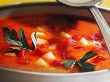 Регулярное потребление супа гаспачо помогает справиться с гипертонией