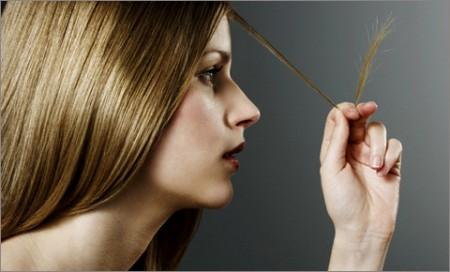 Как уменьшить сильное выпадение волос у женщины?