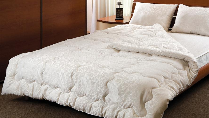 Какое одеяло будет полезным для нашего сна и здоровья?