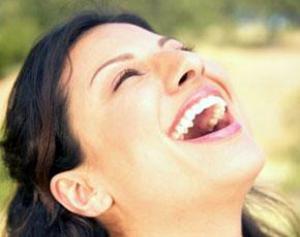 Смех укрепляет здоровье и нормализирует давление