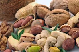 Орехи снижают давление и уровень холестерина