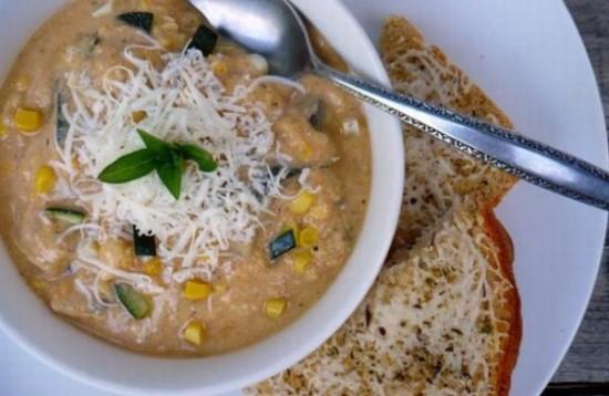 Суп с кабачками и кукурузой