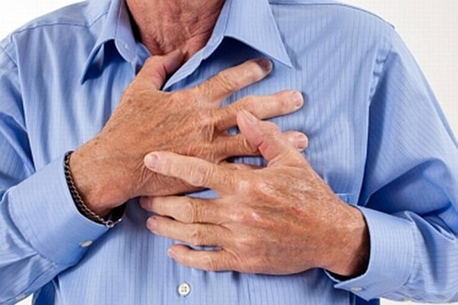 3 правила, как спасти жизнь при сердечном приступе без лекарств