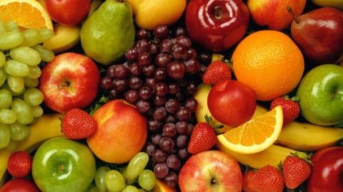 Риск сердечного приступа на 40% способны снизить фрукты