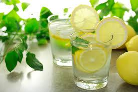 Вода с лимоном — плюсы или минусы