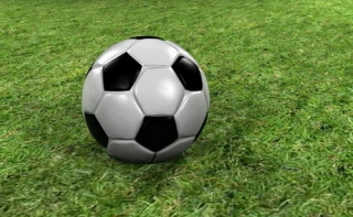 Врачи порекомендовали лечить гипертонию футболом