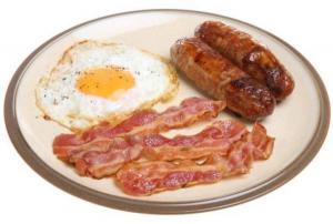 Ученые опровергли миф о негативном влиянии жирных продуктов на сердце