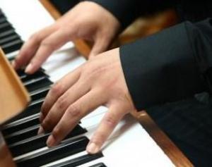 Нормализацию давления без таблеток обеспечит посещение уроков музыки