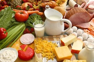 Кардиологи: сливочное масло, сыр и красное мясо не вредят сердцу