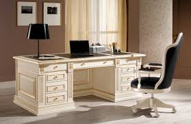 Выбираем письменный стол здесь!