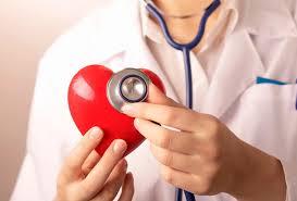 Витамины С и Е могут защищать от инсульта женщин с высоким сердечно-сосудистым риском