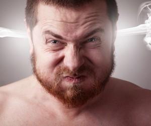 При гипертонии вредно сдерживать эмоции