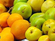 Свежие фрукты спасают от инфарктов и инсультов