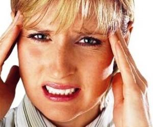 Бороться с головной болью лучше эфирными маслами, а не таблетками