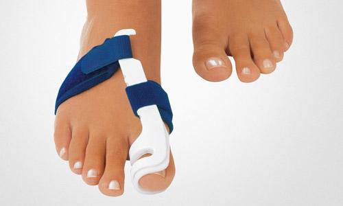 Что делать, когда беспокоит косточка на большом пальце ноги?