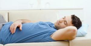Дневной сон повышает риск возникновения болезней сердца
