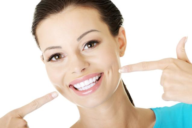Отбеливание зубов безопасными способами