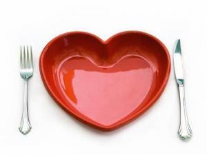 Клубника и мясо полезны для сердца