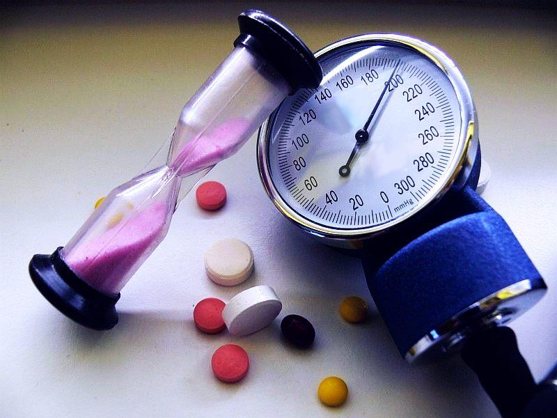 Высокое кровяное давление ускоряет старение головного мозга
