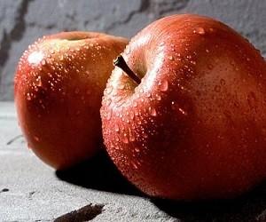 Ученые порекомендовали фрукт, который защитит от болезней сердца