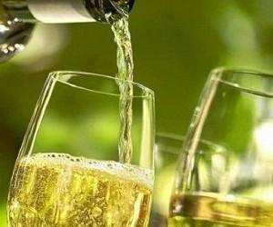 Названа опасная доза алкоголя для сердца