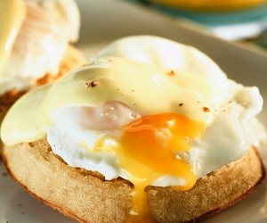Диетолог развеяла популярную теорию о вреде холестерина