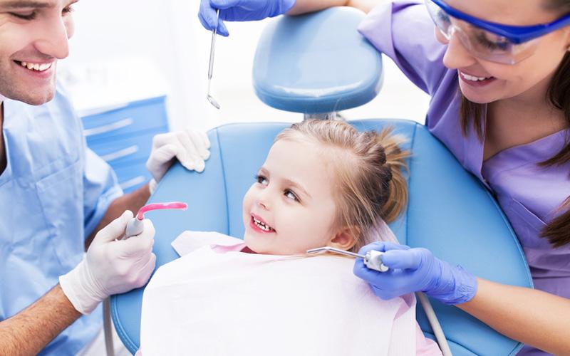 Идем к детскому стоматологу