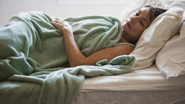 Продолжительный сон по выходным подвергает женщин риску развития заболеваний сердца
