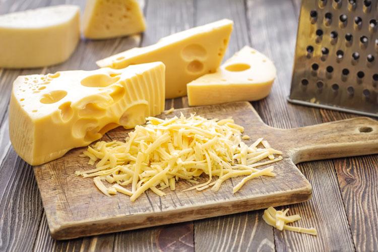 Сыр защитит от инсультов и инфарктов