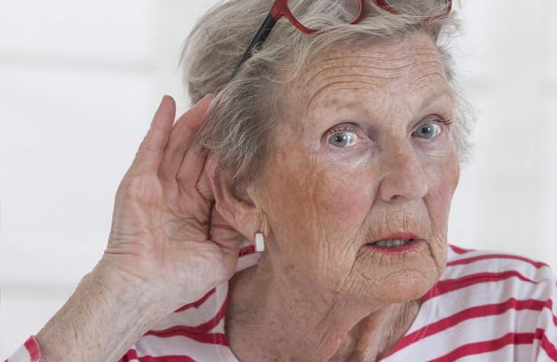 Ухудшение слуха приближает к деменции