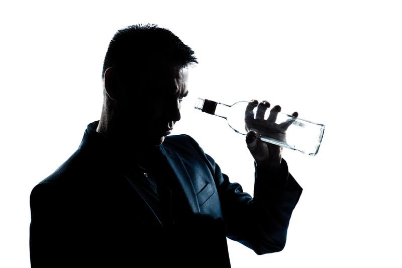 Врачи объяснили, чем лучше всего не закусывать алкоголь