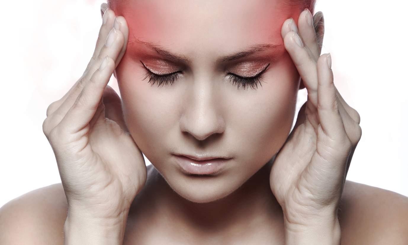 Врачи озвучили главные причины головных болей
