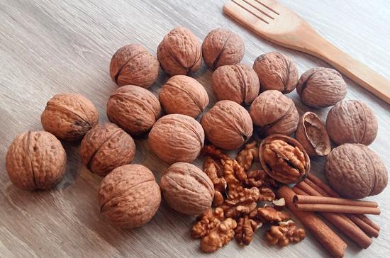 Орехи могут избавить от проблем с сердцем