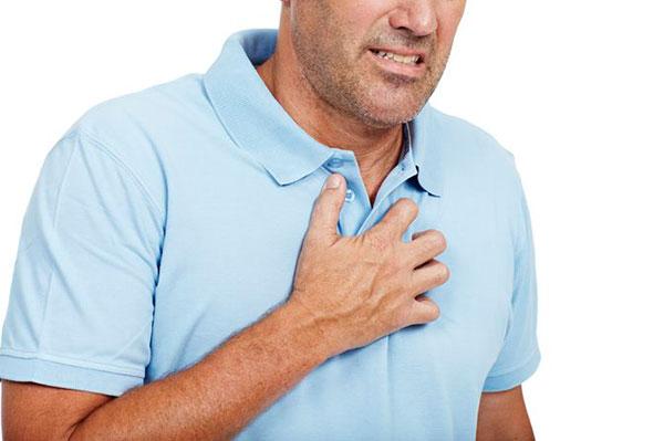 Означает ли боль в груди сердечный приступ?