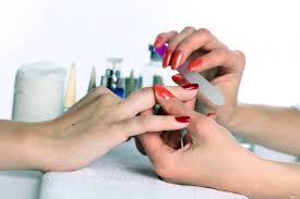 Стерильные инструменты – залог здоровья ногтей