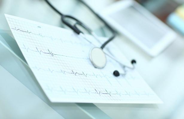 Состояние больных с сердечной недостаточностью научились определять по пальцам