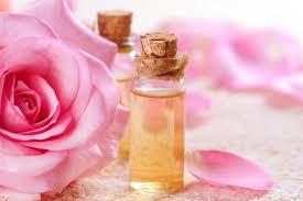 Розовое масло для красоты и здоровья