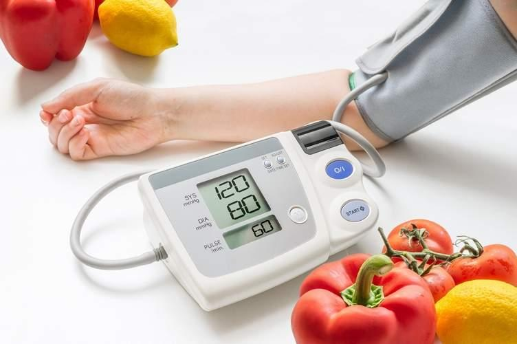 Контроль кровяного давления очень важен для здоровья сердца и сосудов